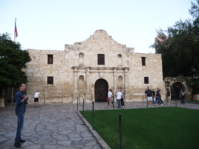 12 alamo